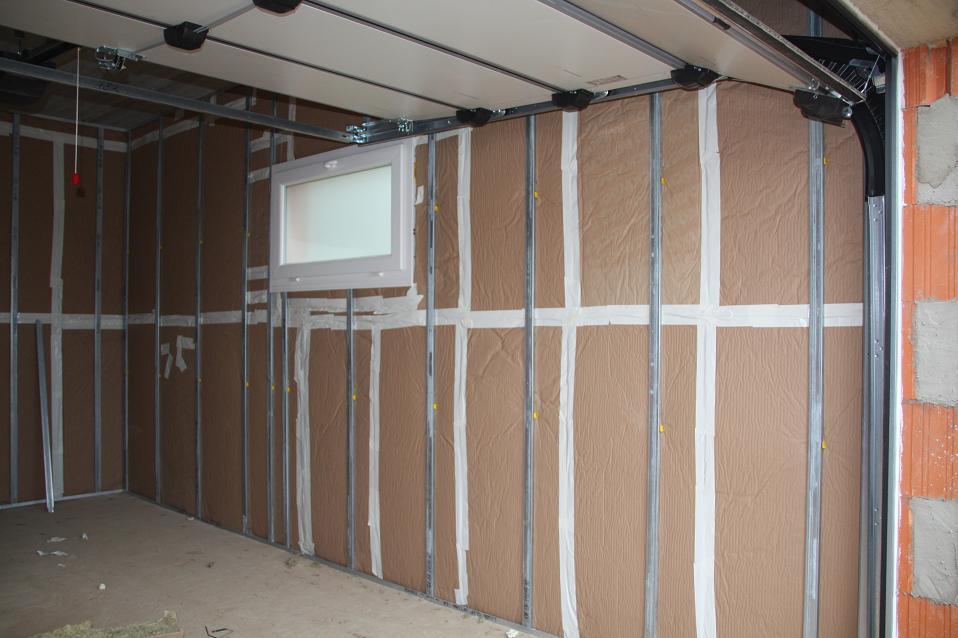 comment isoler une porte de garage pas cher id es de travaux. Black Bedroom Furniture Sets. Home Design Ideas