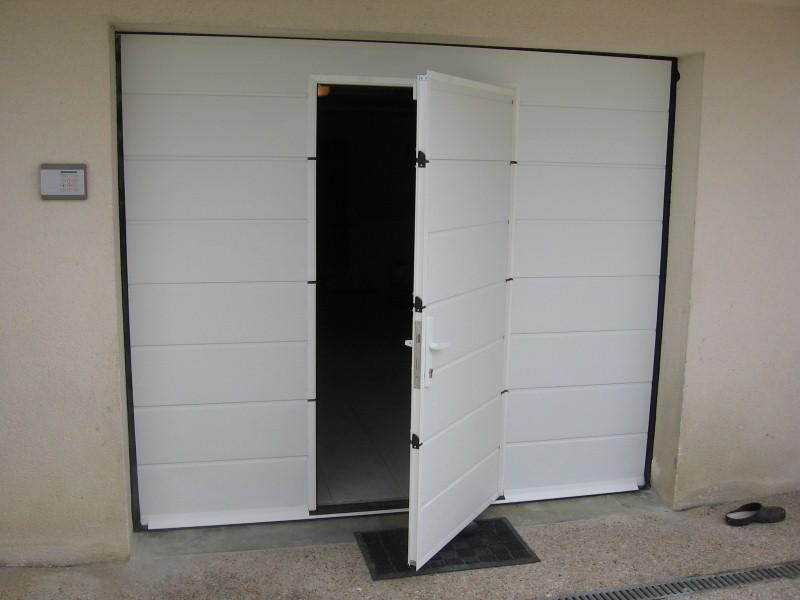 Prix porte de garage avec portillon et hublot id es de travaux - Prix porte garage ...