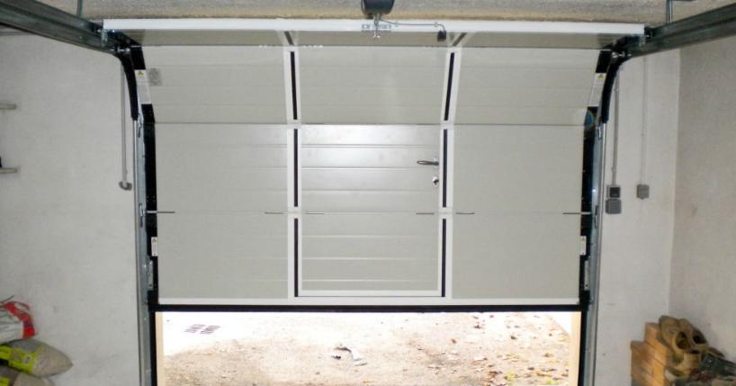 Porte de garage coulissante motoris e tarif id es de travaux - Porte de garage motorisee ...