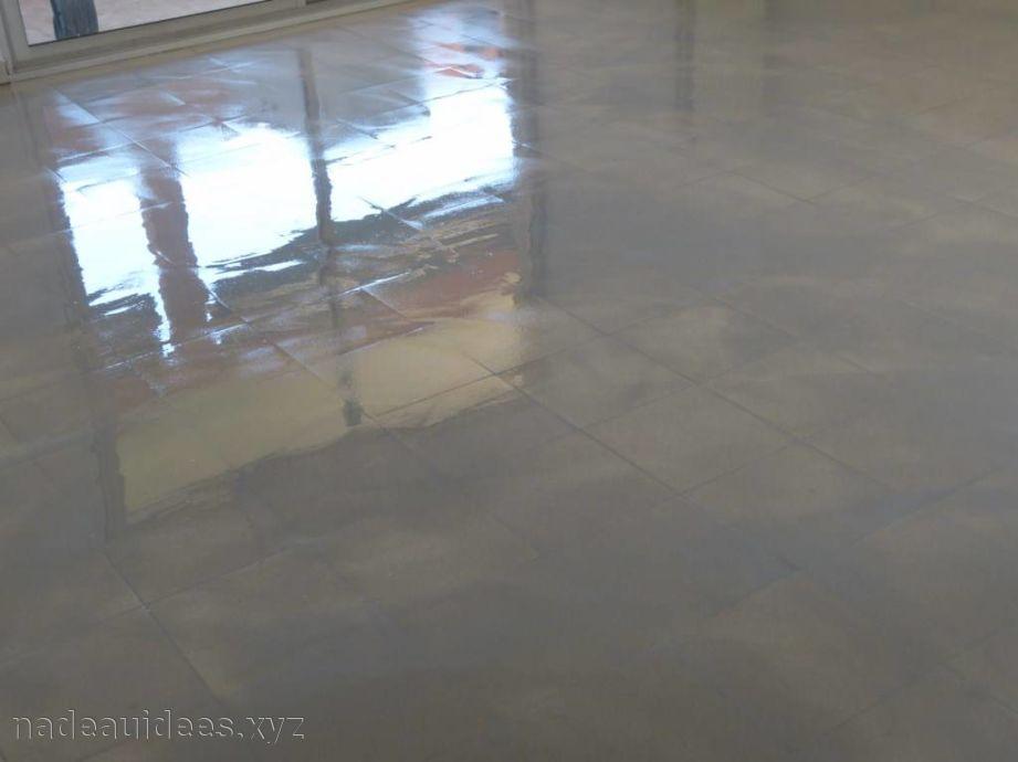 peindre un carrelage au sol id es de travaux. Black Bedroom Furniture Sets. Home Design Ideas