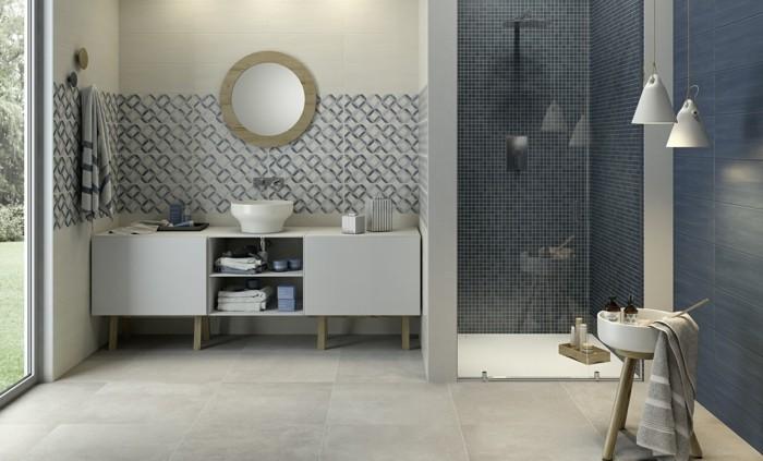 Salle de bain carrelage gris peinture bleu - Idées de travaux