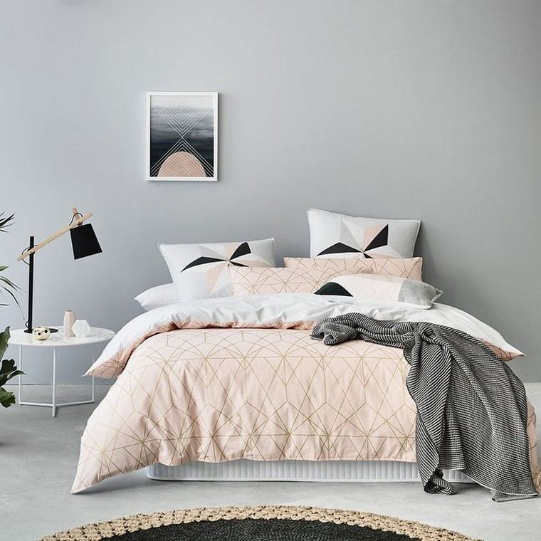 Deco peinture chambre gris et rose - Idées de travaux