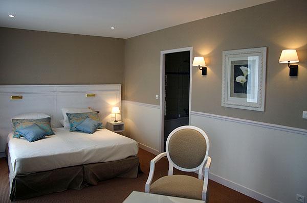 deco peinture lyon id es de travaux. Black Bedroom Furniture Sets. Home Design Ideas