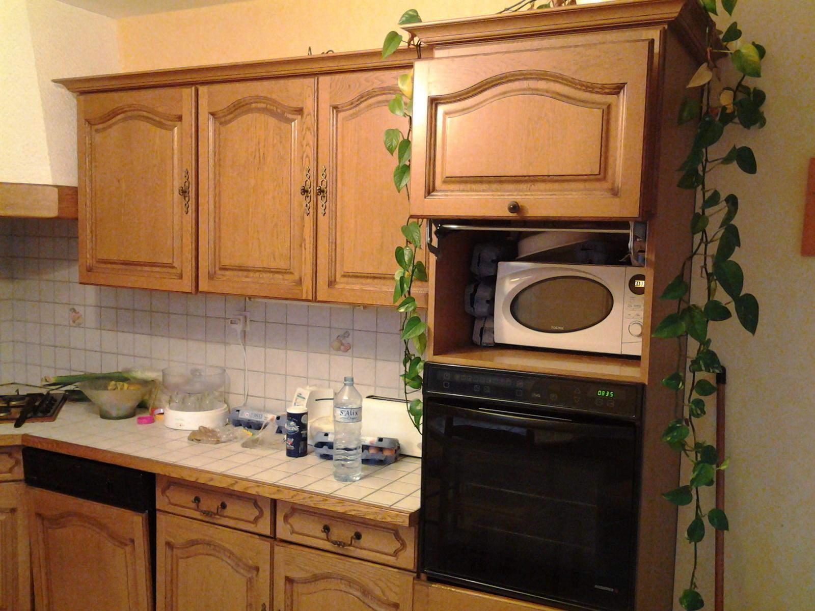 Repeindre une cuisine en chene sans poncer id es de travaux - Repeindre meuble de cuisine sans poncer ...
