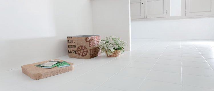 Peinture carrelage sol blanc brillant - Idées de travaux