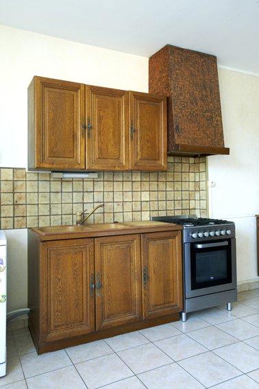 peinture pour cuisine en bois vernis id es de travaux. Black Bedroom Furniture Sets. Home Design Ideas