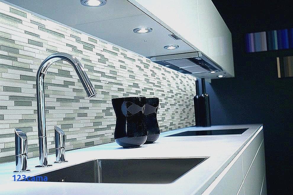peinture pour faience murale cuisine id es de travaux. Black Bedroom Furniture Sets. Home Design Ideas