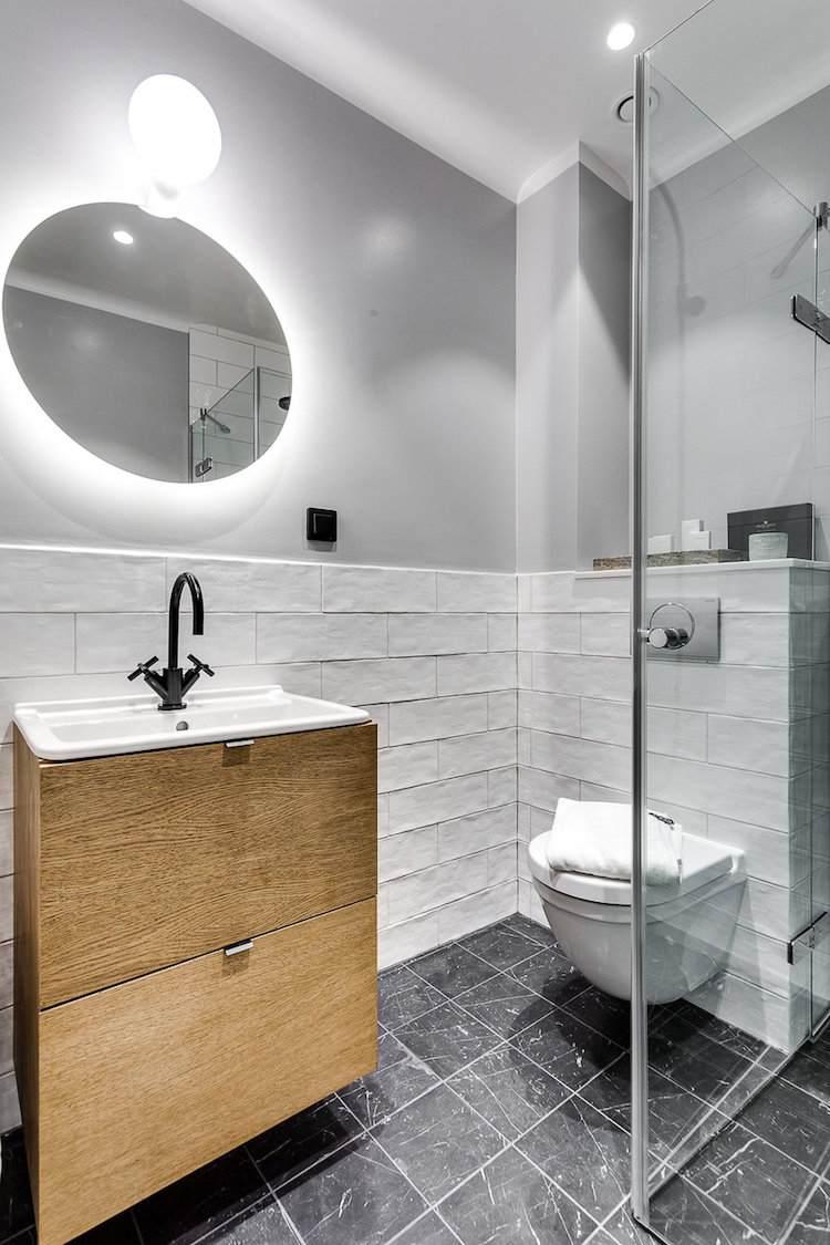 Peinture ou carrelage salle de bain id es de travaux - Salle de bain peinture ou carrelage ...
