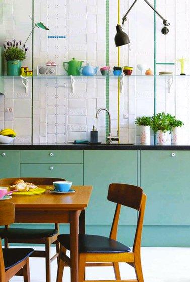peinture meuble cuisine vert id es de travaux. Black Bedroom Furniture Sets. Home Design Ideas