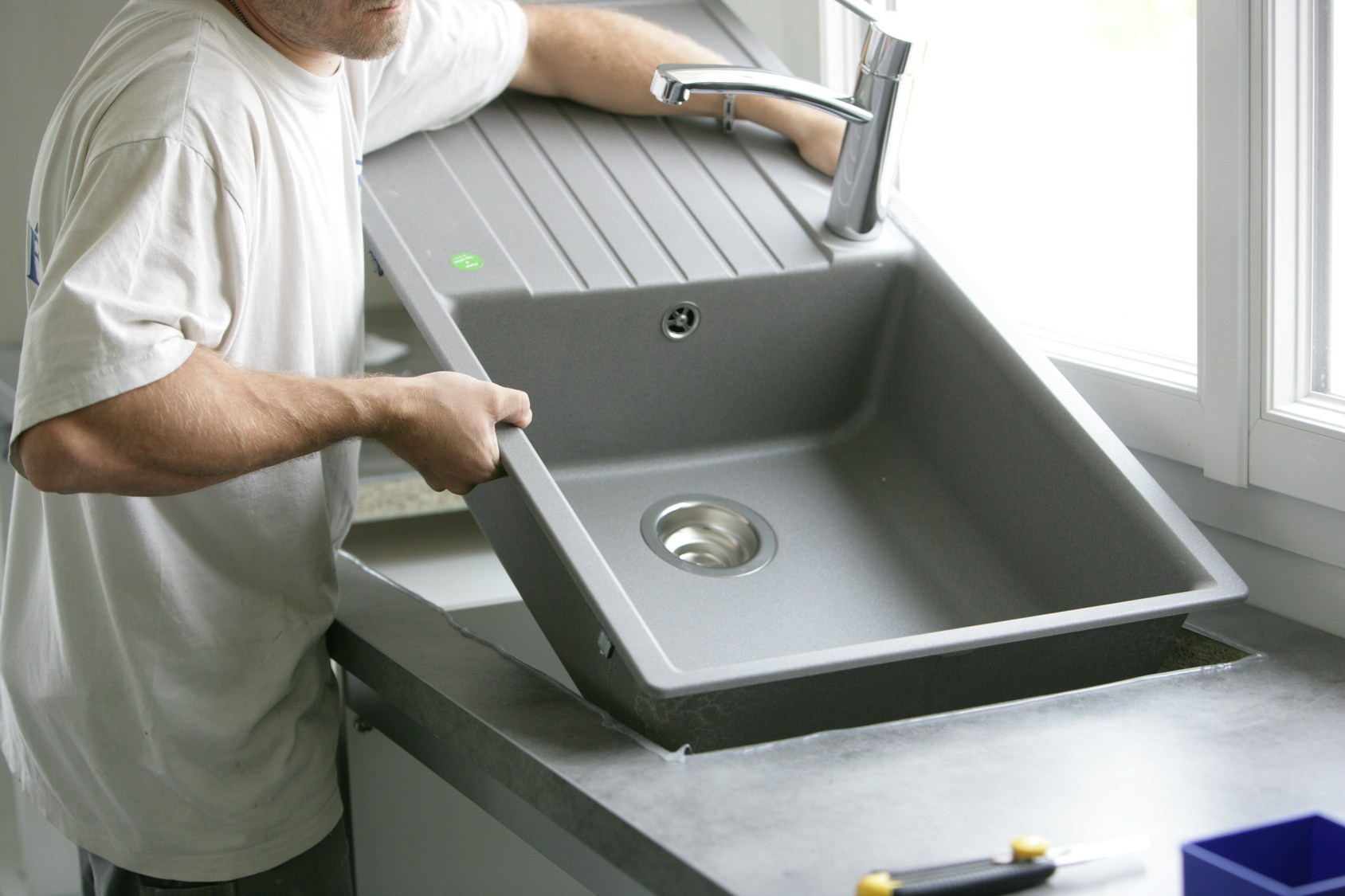 Comment enlever rayures evier inox